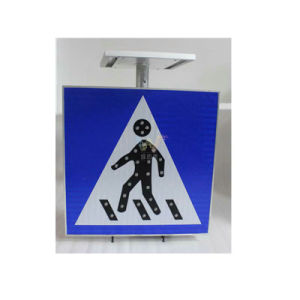 Aluminum Road Safety Pedestrian Solar LED Traffic Sign pictures & photos