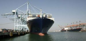 Container Shipping Trailer From Ningbo/China to Naples Salerno Taranto Italy pictures & photos