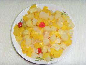 Fruit Cocktail Fruit Salad in Tin, Jar, Plastic Cup Packing pictures & photos
