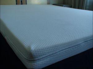 Comfortable Memory Foam Mattress (MF204) pictures & photos