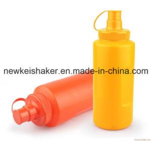 Eco-Friendly Top Quality Push Button Plastic Shaker Bottles 750ml pictures & photos