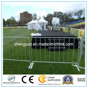 2017 New Design Galvanized Crowd Control Barrier pictures & photos
