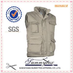 OEM Wholesale Multi Pocket Men Fishing Vest Outerwear Vests pictures & photos