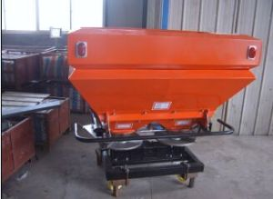 2fx-1200L Tractor Mounted Fertilizer Spreader (double disc) pictures & photos