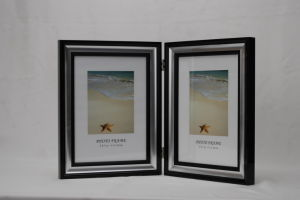 Plastic Photo Frame (BO-2) pictures & photos
