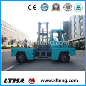 Small 3 Ton Electric Side Loader Forklift Truck for Sale pictures & photos