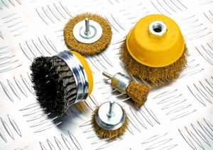 """4"""" (100mm) Power Tools Accessories Circular Steel Wire Wheel Brush with Shank pictures & photos"""