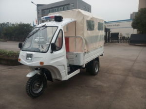Semi Cabin of Three Wheeler Ambulace with Stretcher pictures & photos