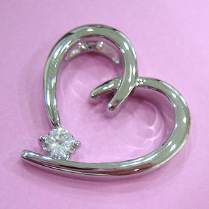 CZ Heart Pendant P1562 pictures & photos
