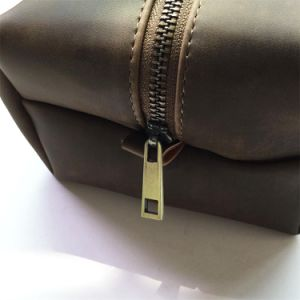 Custom Vintage Wash Leather Pouch with Metal Zipper Wholesale pictures & photos