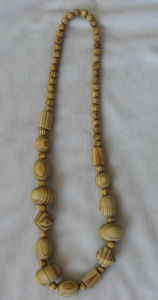 Wooden Fashion Necklace (BW001)