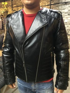 Classic Black Fashion Men Motorcycle Leather Jacket (SAT001) pictures & photos
