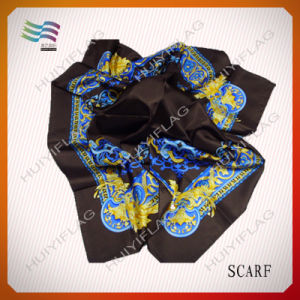 2017 100% Polyester New Design Print Square Scarf pictures & photos