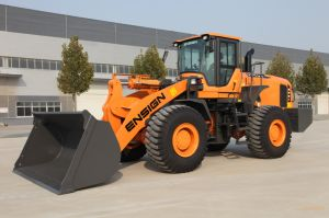 Construction Equipment Chinese Brand Ensign 6 Ton Wheel Loader Yx667 with Pilot Control pictures & photos