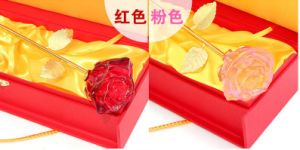 High Quality Crystal Glass Rose Flower for Souvenir pictures & photos