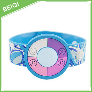 Figured Rubber Wristbands with Button pictures & photos