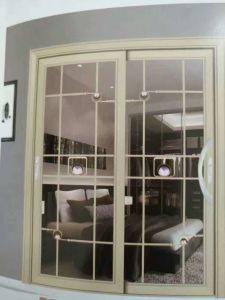 60mm Series Sliding Door or Casement with Pattern Glass pictures & photos