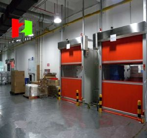 PVC Fast Roller Shutter High Speed High Performance Fabric Fast Moving Rolling Stack Door (Hz-FC025) pictures & photos