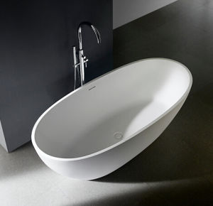 Freestanding Bathtub Installations with Center Drain pictures & photos