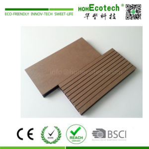 Low Cost and High Quality Hollow WPC Garden Decking/ Wood Color WPC Decking pictures & photos