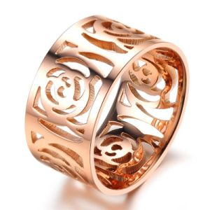 Hollow Flower Titanium Steel Rose Gold Fashion Designer Woman Rings Stainless Steel Jewelry pictures & photos