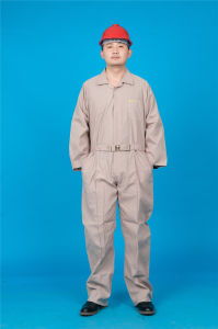 65% Polyester 35%Cotton Long Sleeve Safety Cheap Workwear Coverall (BLY1028) pictures & photos