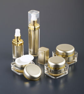 Square Series Cosmetic Acrylic Lotion Bottle pictures & photos