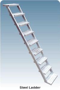 Scaffolding Ladder Steel Movable Ladder Steel Step Ladder pictures & photos