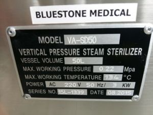 LCD Hand Wheel Vertical Steam Autoclave Sterilizer pictures & photos