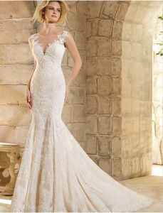 Sheer Neck Bridal Gown Mermaid Lace Wedding Dress A201762 pictures & photos