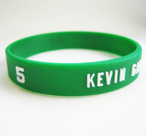 Promotional Silicone Wristband with Embossing Logo pictures & photos