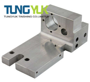 CNC Precision Milling Machining Parts Used on Machinery Equipment pictures & photos