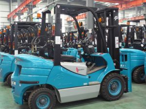 2.5t LPG Forklift with Nissan Engine Hydraulic Transmission, Powershift (FGL25CTJ) pictures & photos