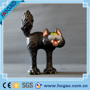 Customized Halloween Decoration Resin Skull Figurine pictures & photos