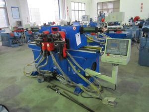 Double-Head Hydraulic Bending Machine Sw38 pictures & photos