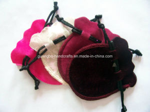 Custom Drawstring Velour Ring Pouch pictures & photos