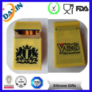 Eco-Friendly Colorful Printing Promotional Reusable Silicone Cigarette Case pictures & photos