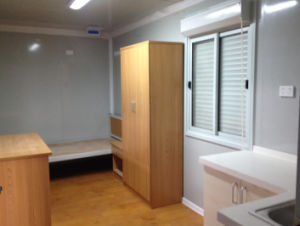 Container House with Bathroom for Cheap House Solutions pictures & photos
