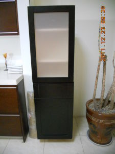 Birch Wood Solid Wood Pantry Cabinet with Island Base Cabinets pictures & photos