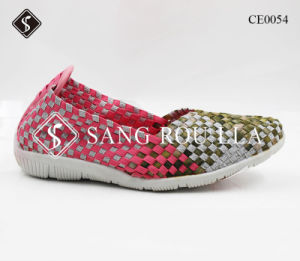 Fashion Women Weave Shoes Cansual Shoes with Rubber Outsole pictures & photos