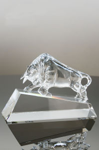 Trophies Rewards Leadership Bull Crystal Award pictures & photos