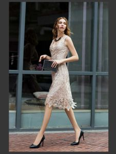 OEM Europen Style Fashion Elegant Mature Women Lace Dress pictures & photos
