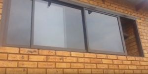 Stacking Opening Three Channel Aluminium Sliding Windows pictures & photos