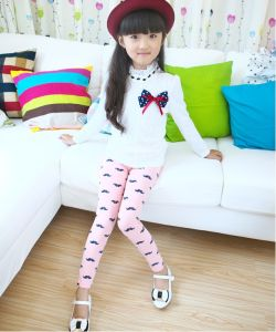 OEM 2015 Good Quality Breathable Mustache Printed Children Leggings pictures & photos