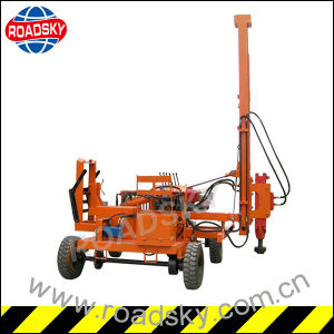 Hydraulic Highway Metal Guardrail Installation Machine pictures & photos