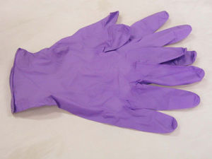 Green Nitrile Gloves Cleanroom Disposable Gloves pictures & photos