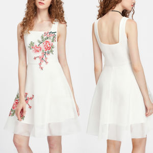 Fashion Women Leisure Casual Flower Embroidery Backless Dress pictures & photos