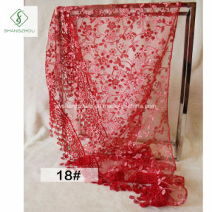 2017 Flower Lace Fichu Floral Triangle Veil Scarf with Tassel pictures & photos