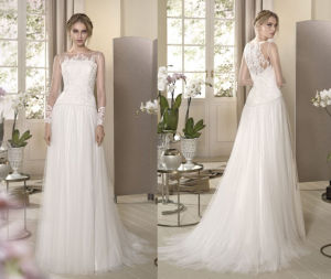 Soft and Flowing Column Wedding Dress pictures & photos