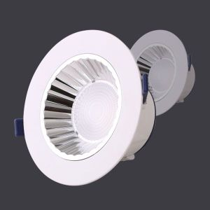 Wholesale Energy Saving 7W 25W 40W LED Spot Ceiling Down Light with Ce RoHS pictures & photos